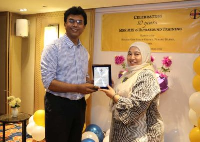 29. Token of appreciation to Dr Nurul (faculty since 2014)